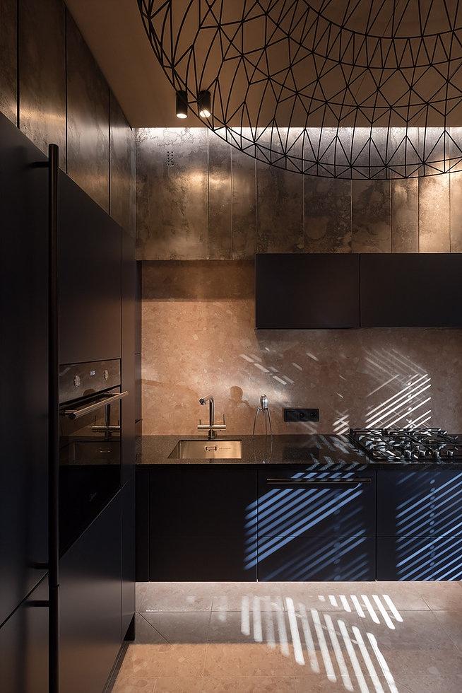 Стильная кухня-гостиная площадью всего 9 квадратных метров