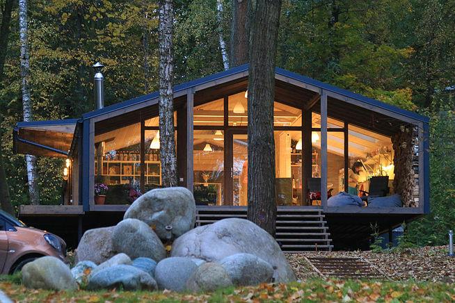 Современный дачный дом, который строится за 10 дней