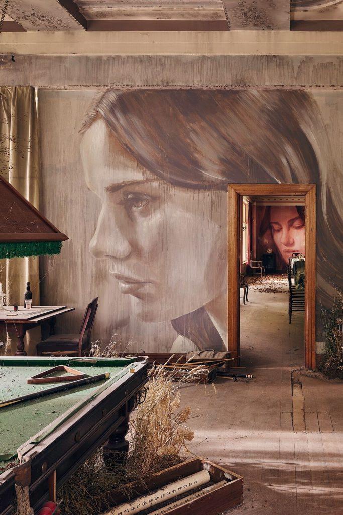 EMPIRE: стрит-арт экспозиция в стенах заброшенного особняка