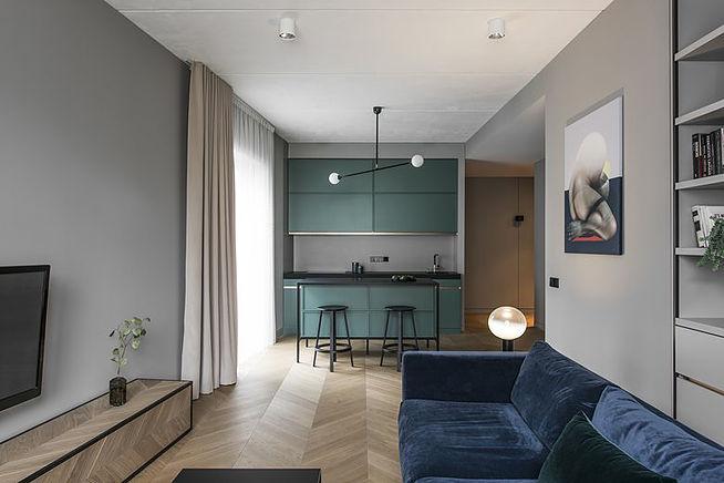 Интерьер двухкомнатной квартиры в модном зеленом цвете
