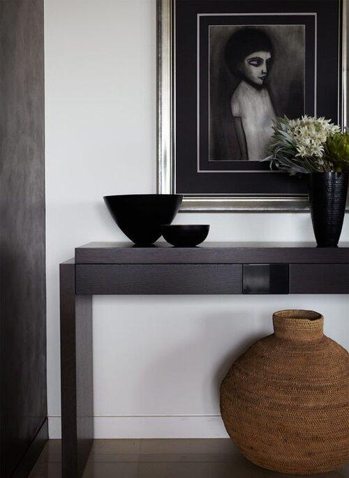 Консоль, журнальный столик и столик для прихожей