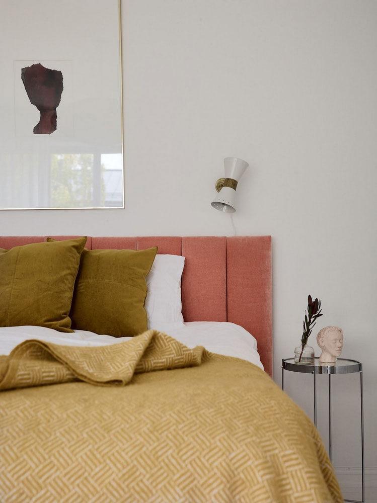 Небольшая однокомнатная квартира в скандинавском стиле с яркими акцентами