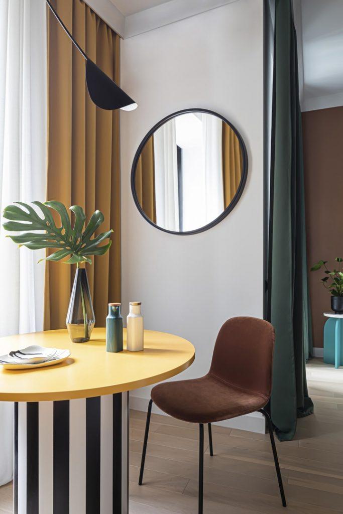 Нестандартное решение: оригинальный интерьер квартиры площадью 35 м² в стиле нео-мемфис