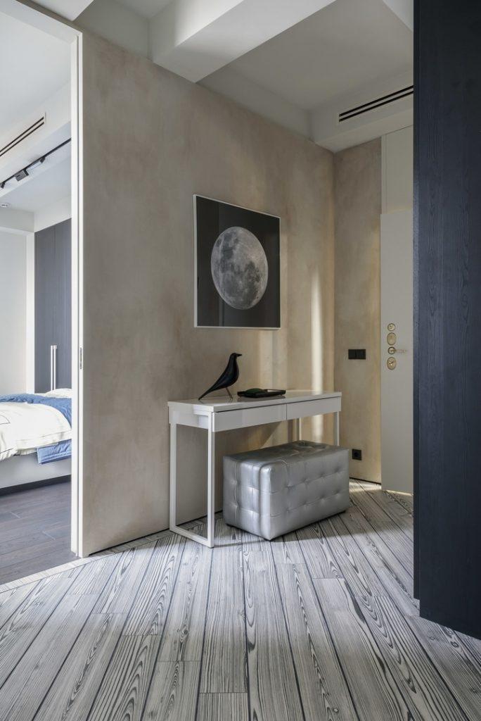Гарсоньерка: стильная квартира для молодого человека площадью 57 м²