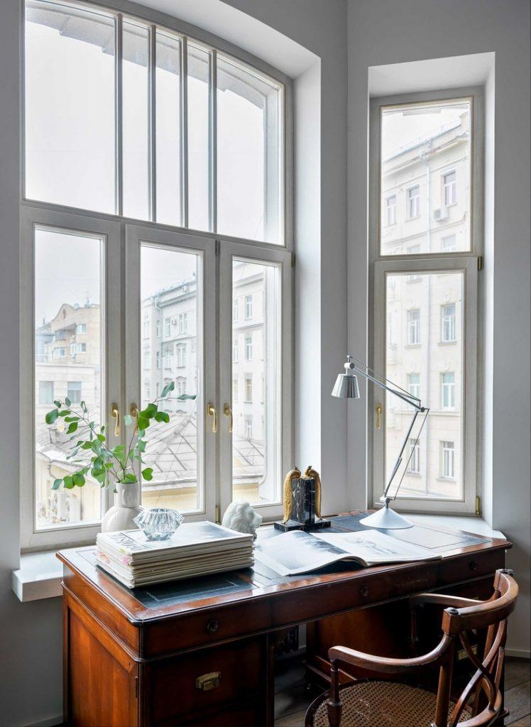 Современный винтаж: роскошный интерьер квартиры с винтажными акцентами