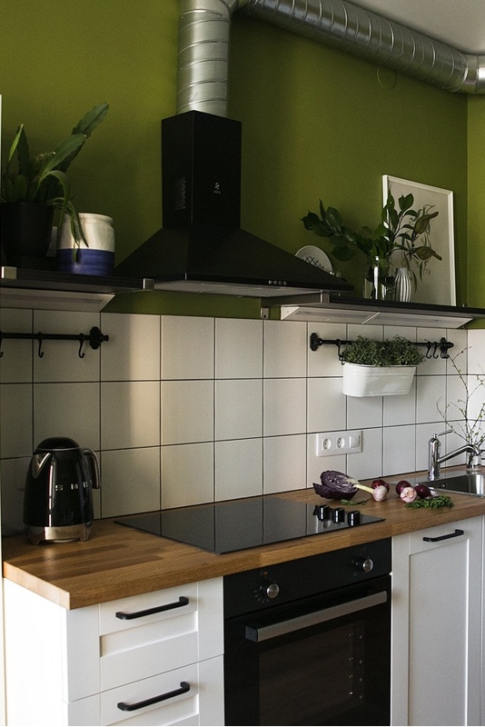 Экономичный интерьер однокомнатной квартиры 39 м² с мебелью IKEA