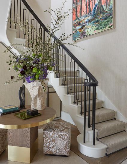 7 стильных способов украсить дом при помощи цветов