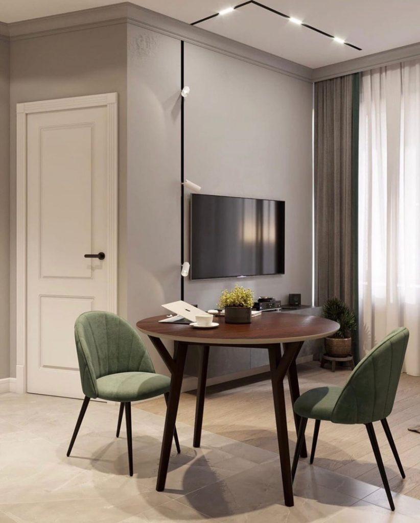Косые линии: красивый интерьер однокомнатной квартиры с нестандартной планировкой площадью 34 м²