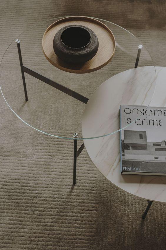 Выбираем журнальные столики в гостиную: 5 модных советов